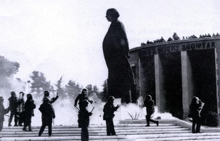 rrezimi i bustit te Enver Hoxhes-20 shkurt 1991_2