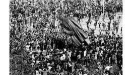 Enver Hoxha's statue falling