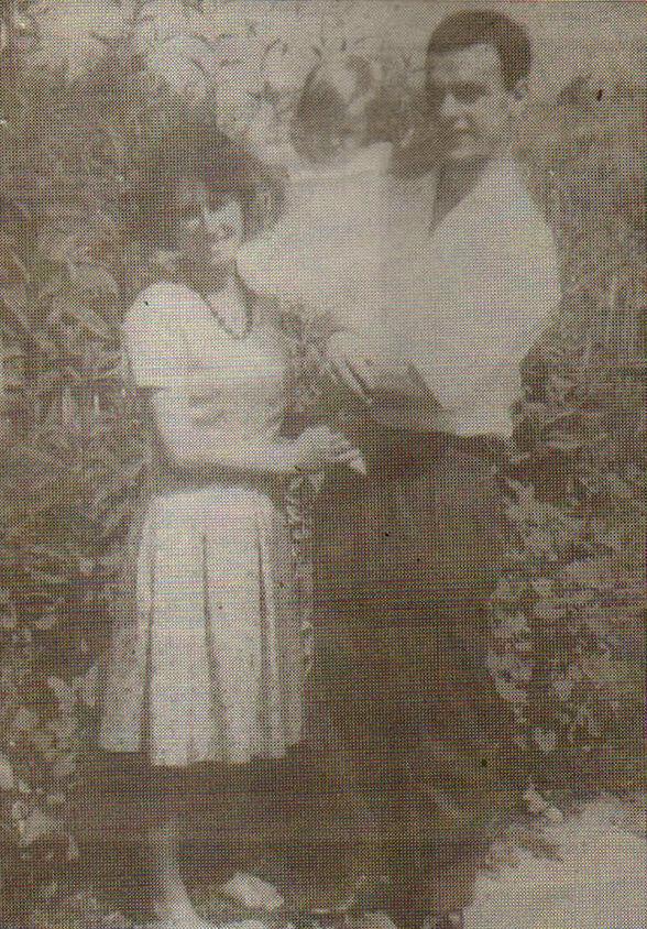 Sokol Mirakaj, bashkëshortja dhe fëmija i sapolindur, në internim