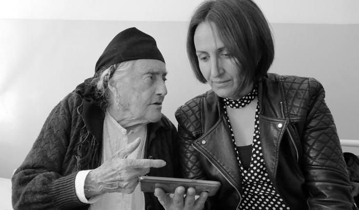 Gjelë Gjikola dhe gazetarja Admirina Peçi