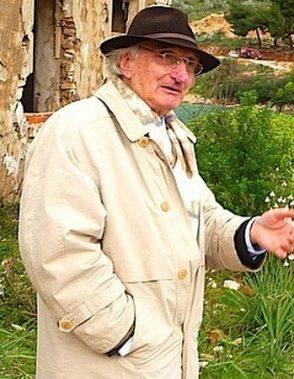 Lek Pervizi duke vizituar kampin e Tepelenës-cr