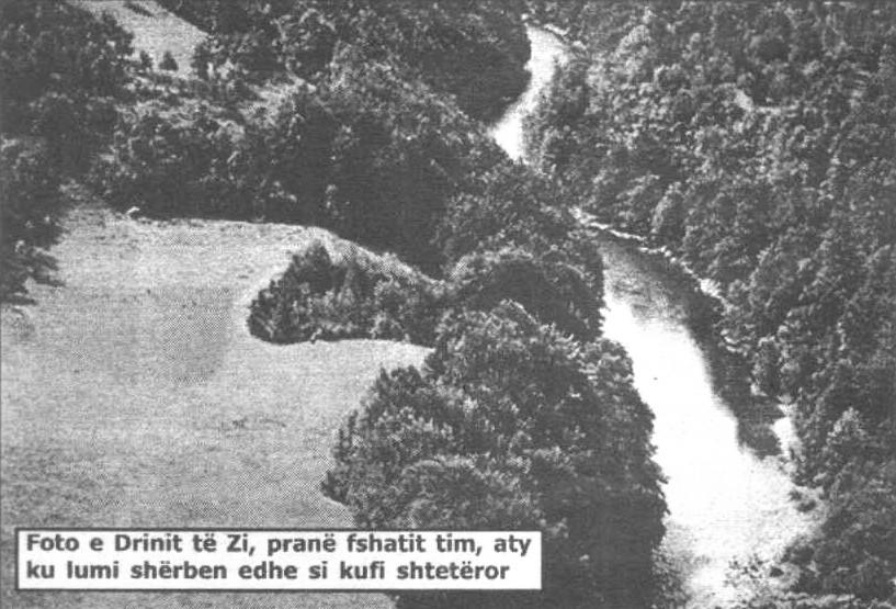 Foto e Drinit të Zi pranë fshatit tim, aty ku lumi shërben edhe si kufi shtetëror